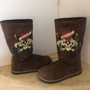 Ed hardy boots size 6 suede
